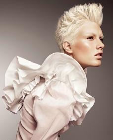 时尚发型模特图片