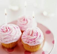 粉色蛋糕图片