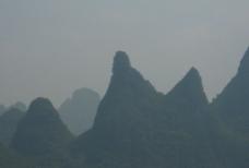 浓雾下的群山图片