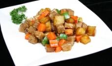 土豆烧牛肉图片